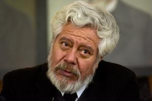 Adolfo Castañón.   Fotografía de: Jorge Dávila, Icoavs, AML.  http://www.academia.org.mx/Adolfo-Castanon