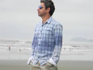 Mauricio Gomes é professor de Literatura e coordenador pedagógico do Ensino Médio e Especialista em Jornalismo Cultural.