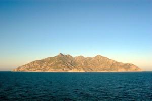 Isla de Montecristo en el Archipiélago Toscano (Isla que le dio nombre a la novela).